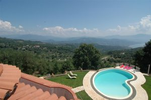 verkochte 2e woning met zwembad in Cilento-Zuid-Italië. Zuid-Italië. Koopwoning in Zuid-Italië