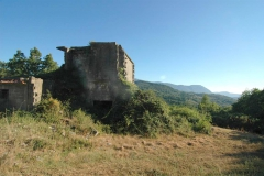 Bouwgrond met olijfboomgaard in Zuid-Italië