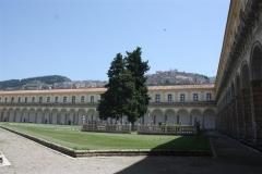 Enorme kloostergang van klooster San Lorenzo