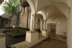 schilderachtig klooster