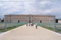 Voorgevel Koninklijk paleis van Caserta La Regina
