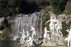 tuine Koninklijk paleis van Caserta La Regina