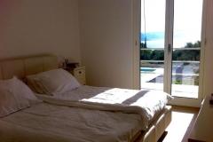 Dependance: slaapkamer met balkon.