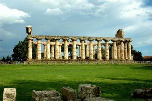 Griekse nederzetting in Paestum in Cilento.