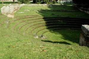 Opgegraven amfitheater in Cilento